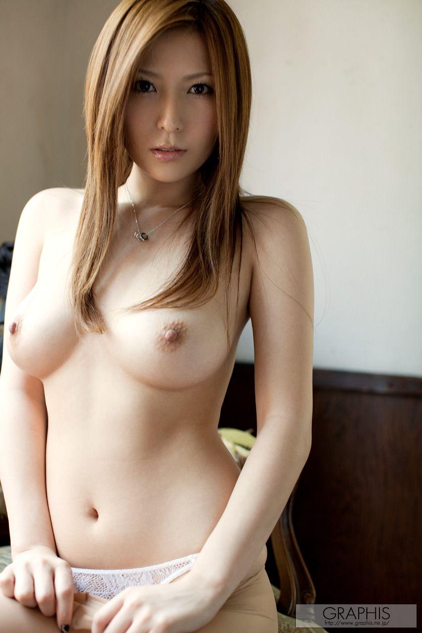 Смотреть азиатки молодые порно сиськи 24 фотография