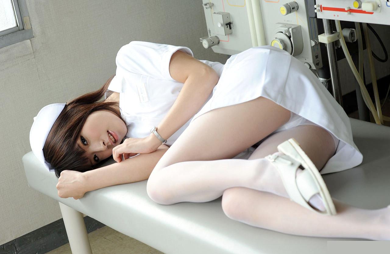 看護婦さんのエロ画像 40