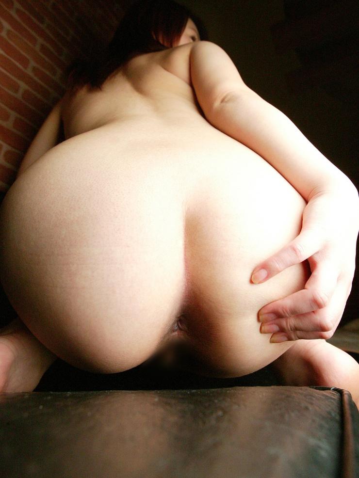 【アナル】お尻の穴がパックリ丸見えな無修正の肛門画像 8