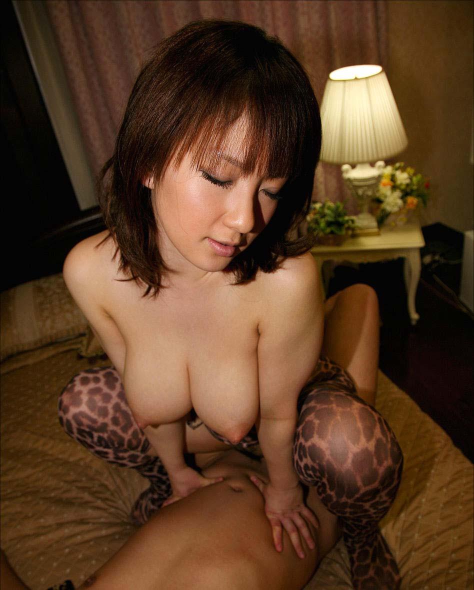騎乗位セックス画像 86