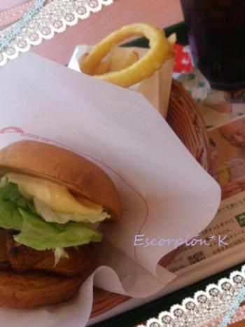lunch122.jpg