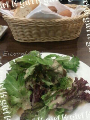 lunch136.jpg