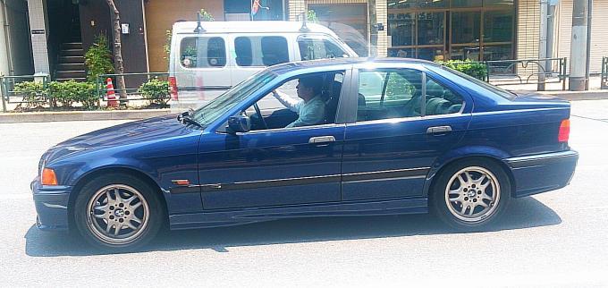 BMW 323 i_20140617