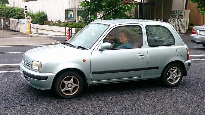 NISSAN MARCH_20140709