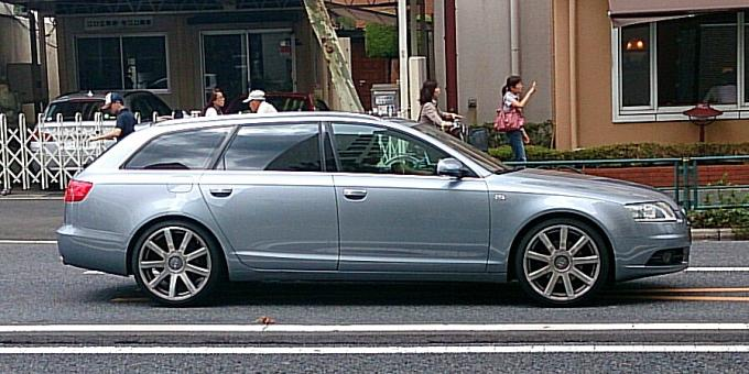 AUDI A 6 アバント_20140830