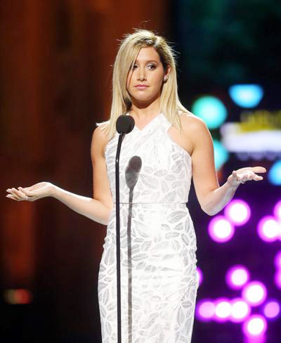 Ashley+Tisdale+Young+Hollywood+Awards+Show+20140801_03.jpg