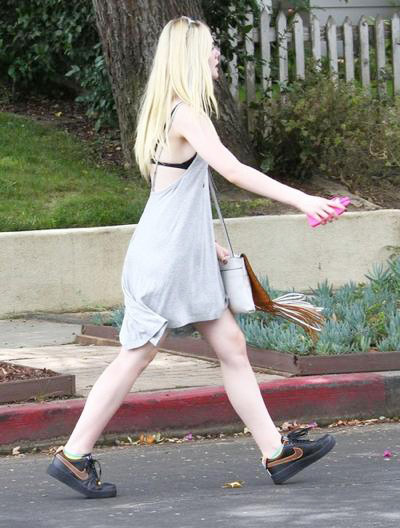 Elle+Fanning+Elle+Fanning+Out+Lunch+20140808_03.jpg