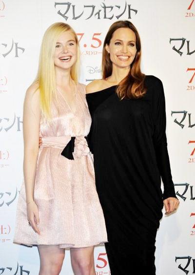 Elle+Fanning+Maleficent+Tokyo+press+conference+20140629_02.jpg