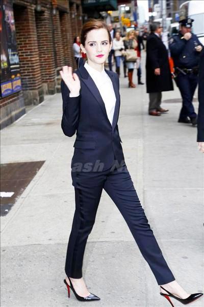 Emma_Watson_140408_02.jpg