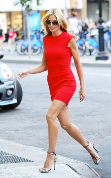 Heidi+Klum+Wears+Red+In+NYC+20140629_02.jpg