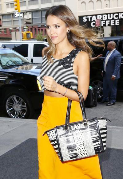 Jessica+Alba+Jessica+Alba+Steps+Out+NYC+20140821_02.jpg