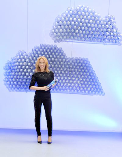 Kylie+Minogue+Launches+Glaceau+Smartwater+20140904_01.jpg