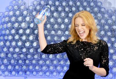 Kylie+Minogue+Launches+Glaceau+Smartwater+20140904_02.jpg