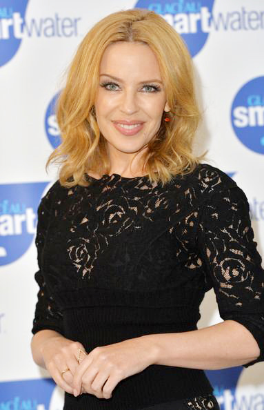 Kylie+Minogue+Launches+Glaceau+Smartwater+20140904_04.jpg