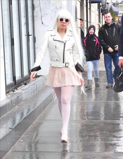 Lady_Gaga_1403052_01.jpg