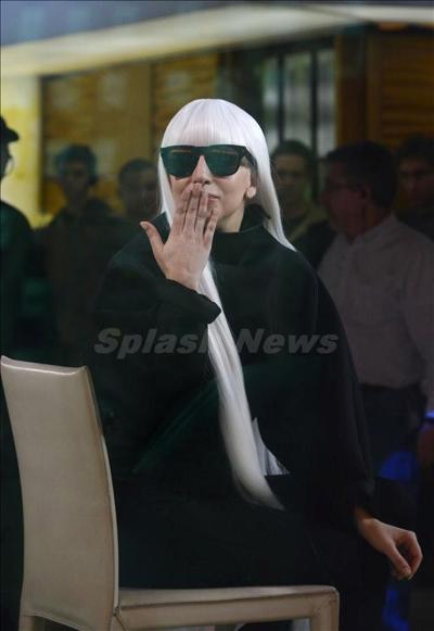 Lady_Gaga_140323_04.jpg