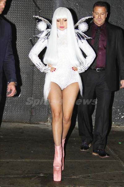 Lady_Gaga_140409_01.jpg