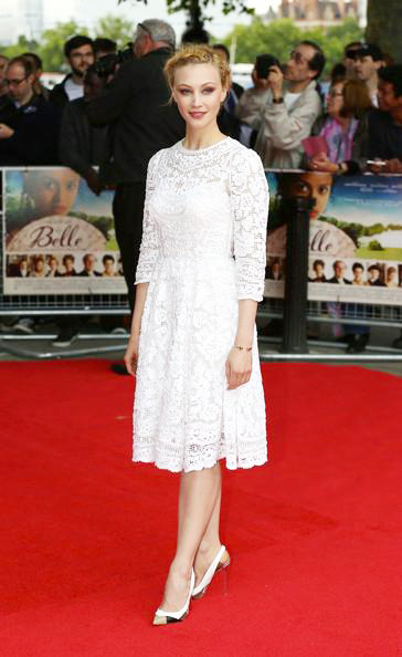 Sarah+Gadon+Belle+UK+Premiere+Red+Carpet+20140610_01.jpg