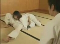 柔道女、寝技押さえ込み手コキ1本!