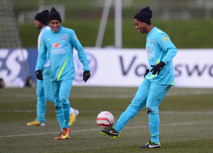 RonaldinhoBrazilTraining001_201403261230192f0.jpg