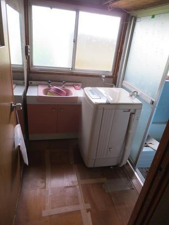東浦和戸建て洗面、洗濯機b