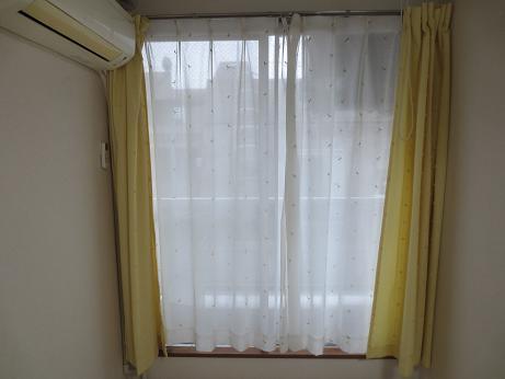 404レースのカーテン