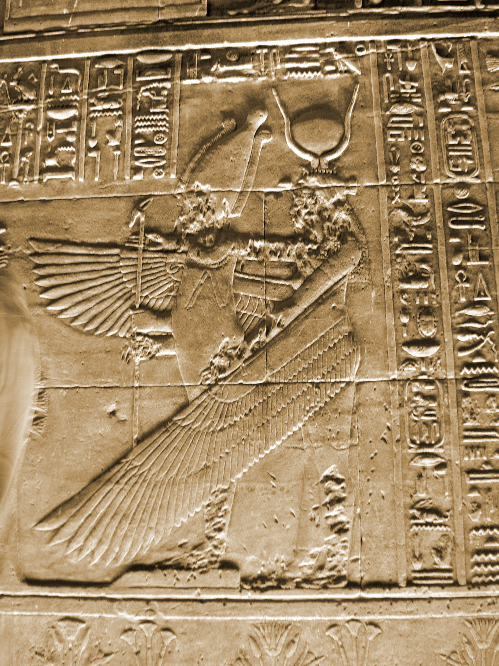 Philae_Temple_Egypt_Goddess_Isis_As_Angel_Mural_Artwork_2004-10-11.jpg