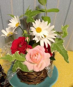 庭の花で、アレンジメント^^