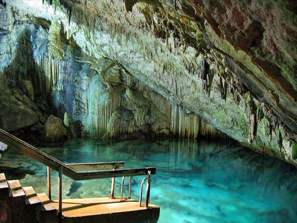 6 ファンタジーの洞窟 バミューダ諸島_R