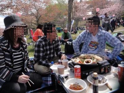 桜・牡蠣祭り 050