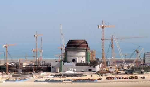 UAE 韓国 原発
