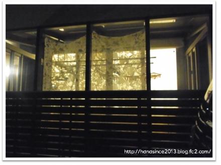夜カーテン2