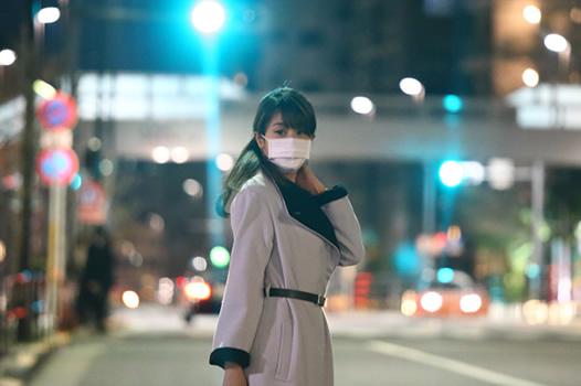 ダルビッシュとの密会後、タクシーを探す加藤綾子