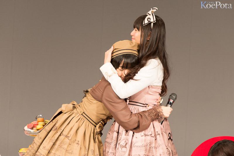 バレンタイントークイベントの悠木碧と竹達彩奈 悠木碧のワキ汗が凄い