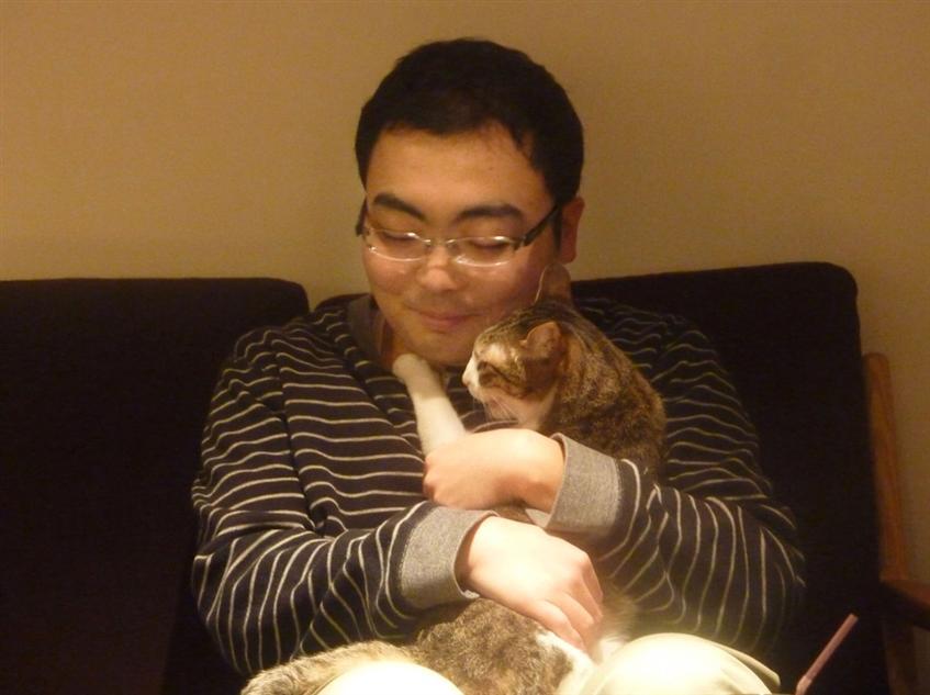 逮捕前、猫カフェでの片山祐輔