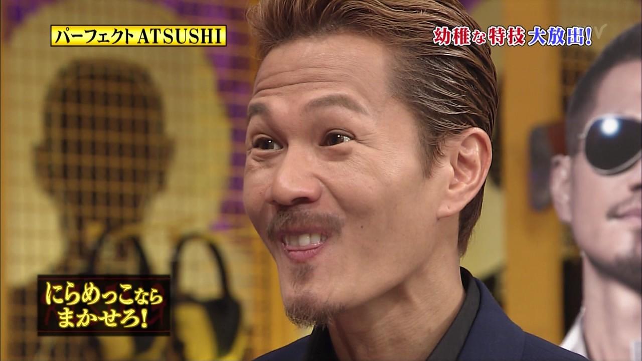 「しゃべくり007」でにらめっこのため変顔をするEXILEのATSUSHI