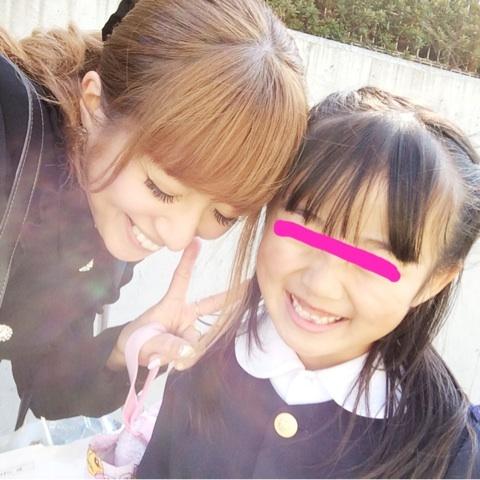 長女の卒園式で、辻希美と娘のノア