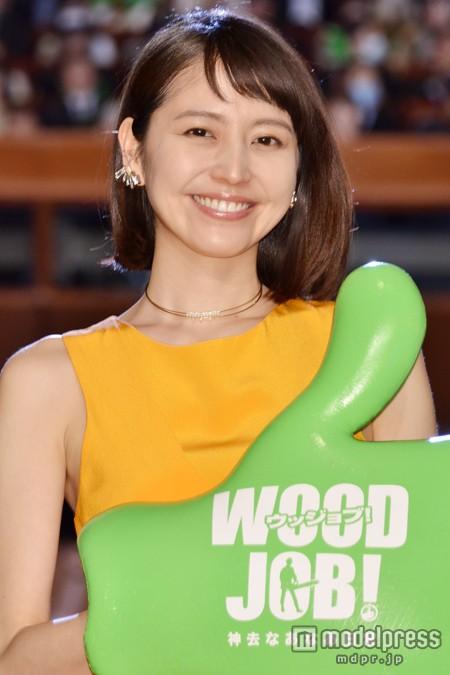 映画『WOOD JOB!(ウッジョブ)~神去なあなあ日常~』の完成披露試写会に出席した長澤まさみ、法令線がくっきり