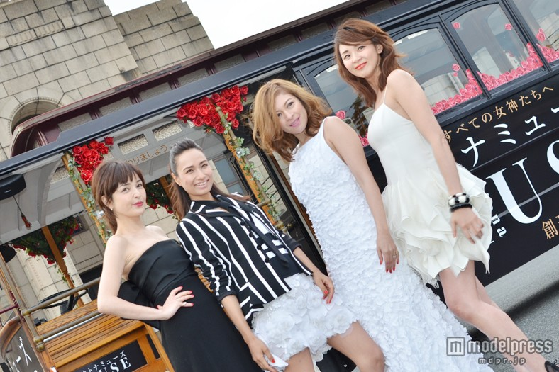 「オトナミューズ」創刊記念イベントに登場した(左から)梨花、佐田真由美、岩堀せり、SHIHO 梨花の劣化が酷い