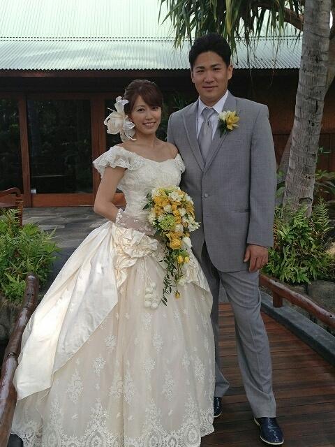 結婚式での里田まいと田中将大