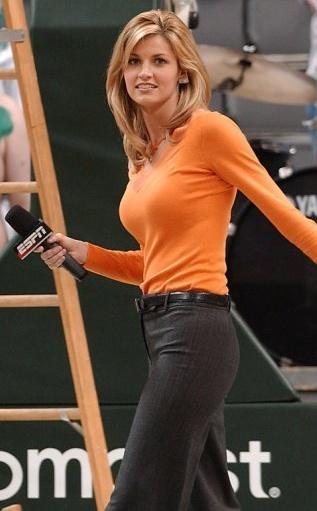 メジャーリーグの女スポーツキャスターまたはアナウンサー