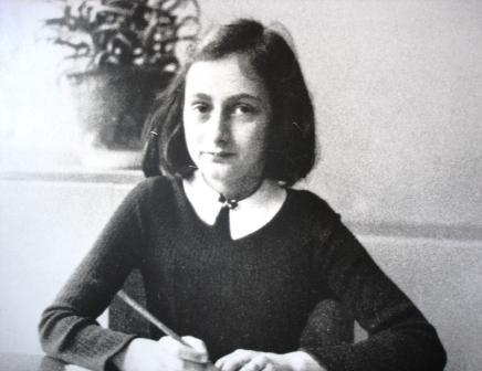 アンネの日記を書いたアンネ・フランク