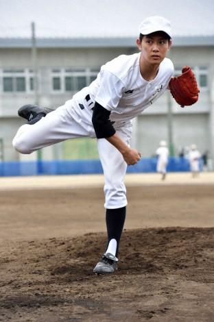 社会人野球の投手を演じた工藤公康の長男、工藤阿須加