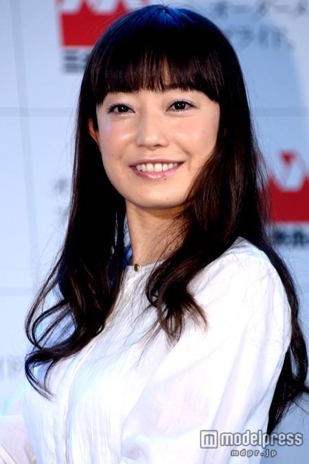 「三井ホーム」の新CM発表会に出席した菅野美穂の顔がパツパツ