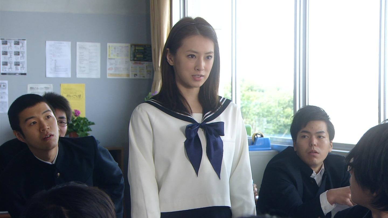 ドラマ「悪夢ちゃん」での北川景子のセーラー服姿