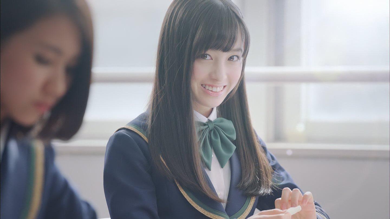ガールフレンド(仮)CMの橋本環奈