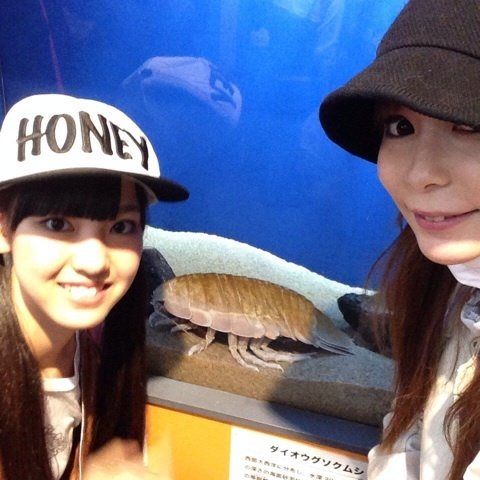 プライベートで池袋サンシャインシティに行ったモーニング娘。の飯窪春奈と中川翔子