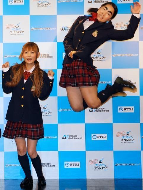 中川翔子とジャンプするイモトアヤコ