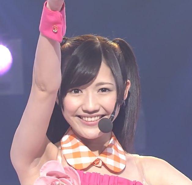 AKB48・渡辺麻友の腋