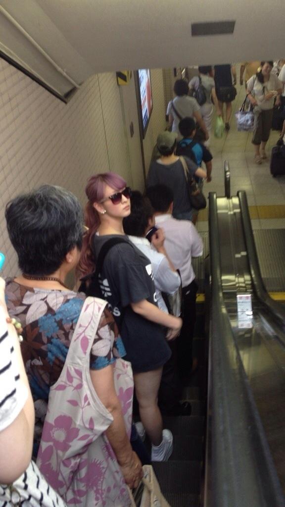 電車内で盗撮されたBerryz工房の菅谷梨沙子